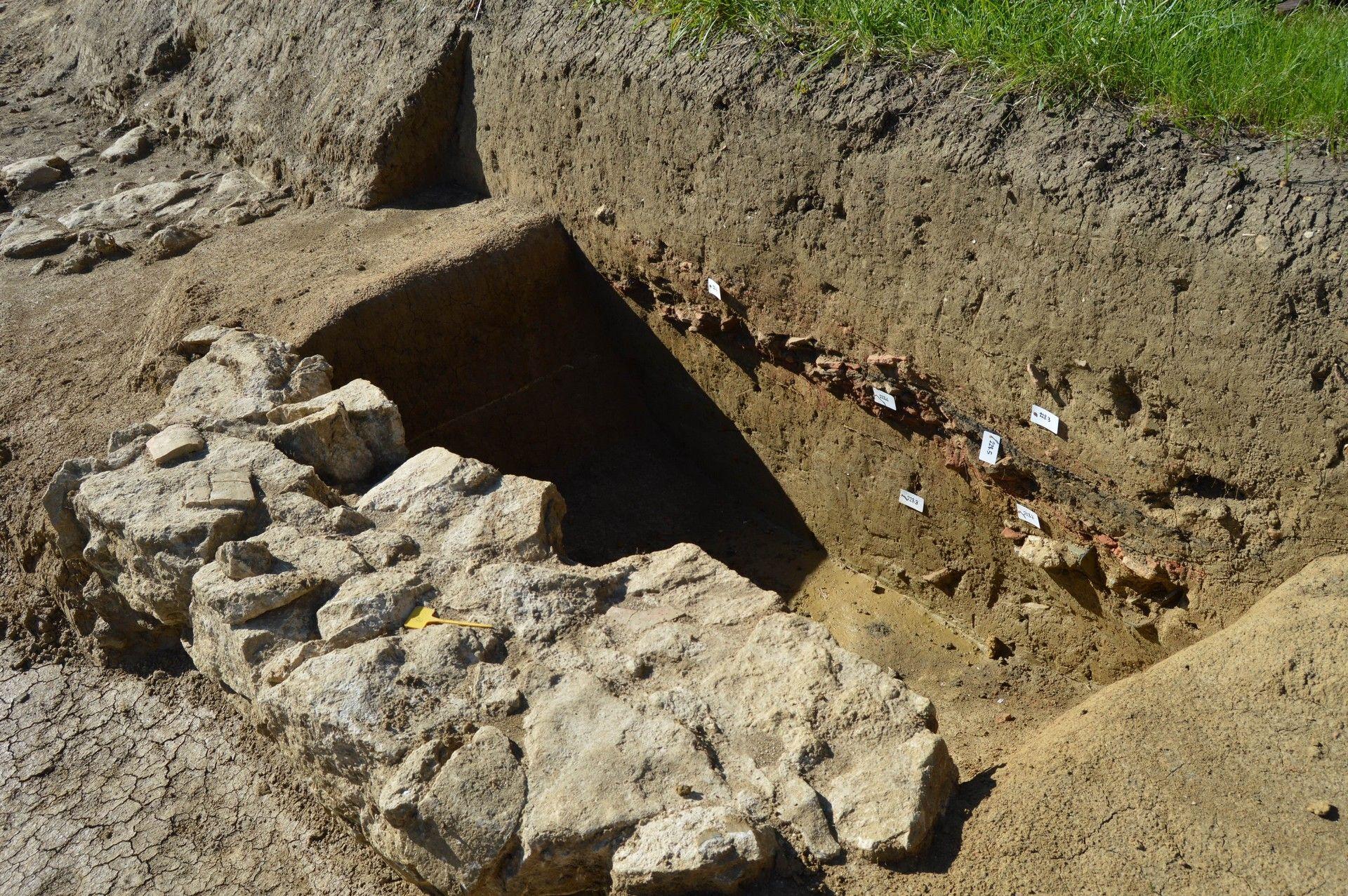 fouilles-archéologiques-la-jurade